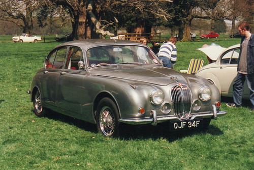 Jaguar 240/340 - OJF34F | The face-lifted mk.2 Jag became th… | Flickr