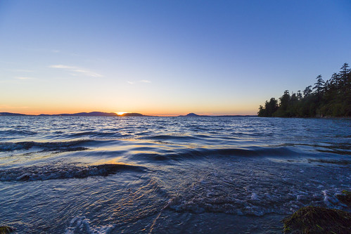 sunset pacificnorthwestphotography pacificnorthwest washington bayview water sky shore outdoor landscape coast seaside beach sea ocean canon 700d t5i 10mm f8 1018mm wideangle photography