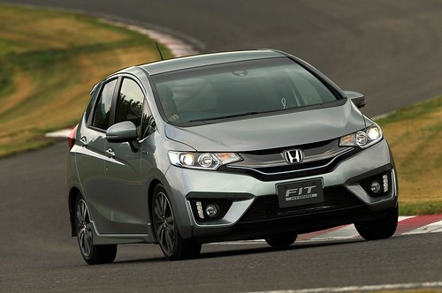 2014-honda-jazz-2015-honda-fit-photo-gallery-1080p-4 Photo
