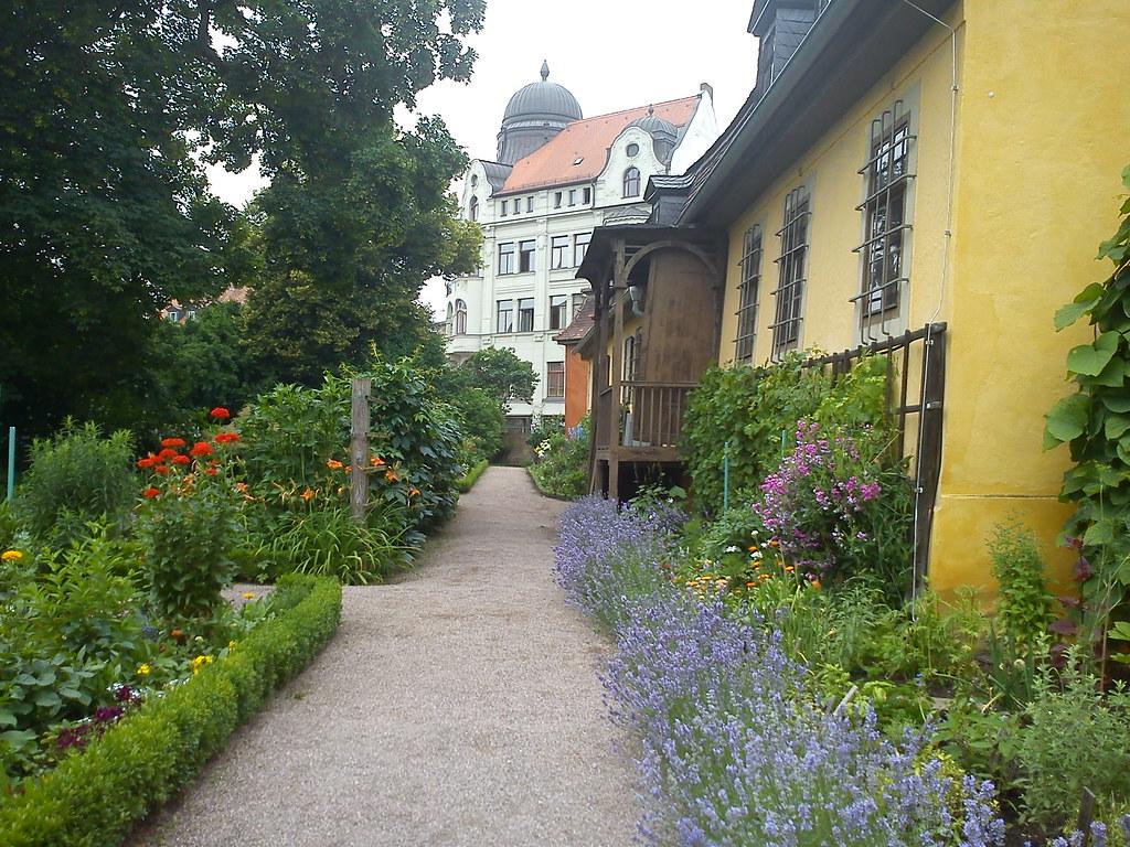 Goethe wohnhaus garten gelb anstrich kulturerbe weimar kla…   Flickr