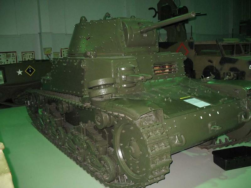 Fiat M13-40 (2)