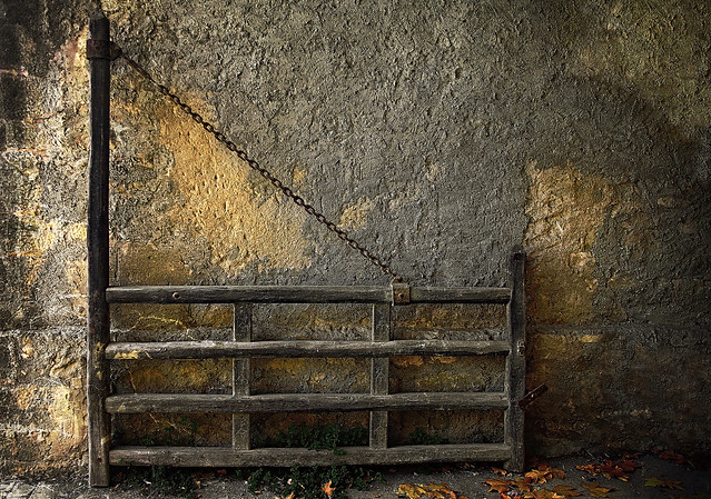PUERTA DE CORRAL.   -   CORRAL GATE.