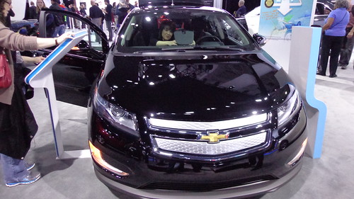 2014 Chevrolet Volt Photo