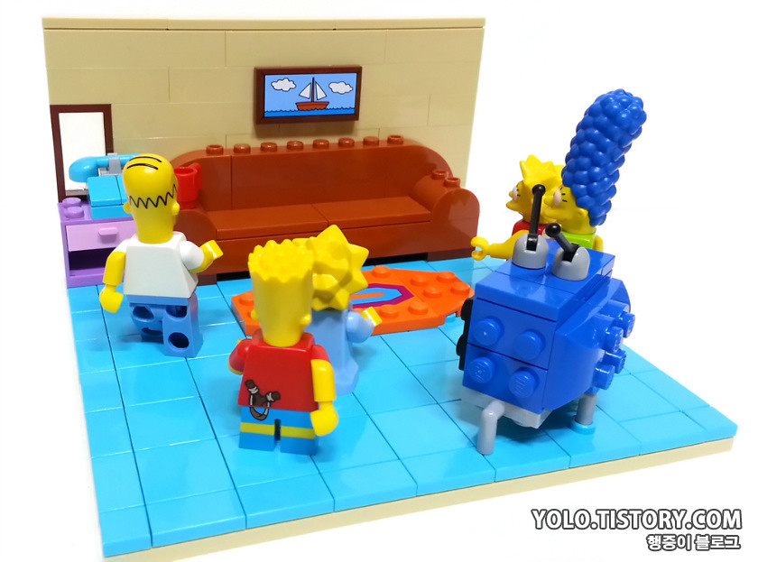 ... LEGO SIMPSON LIVING ROOM | By Ykwan0714