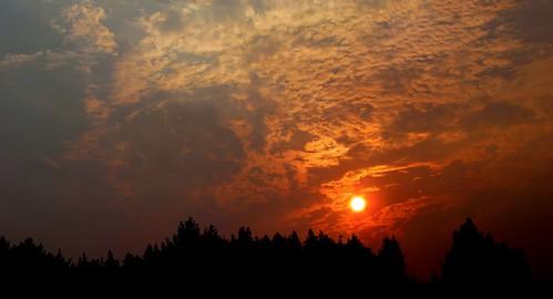 night sunrise cloudy