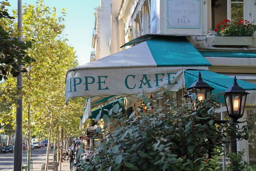 Cafe Louis Philippe | by Farfelue