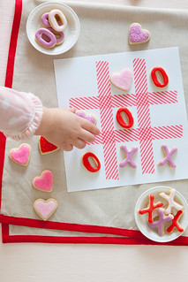 XOXO Tic Tac Toe Cookies | Annie's Eats | by annieseats