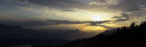 trees sunset sun mountain clouds lumix austria see evening ray hill wide kärnten panasonic silhoette silhouet wideaspect millstatter silkypix dmclx7