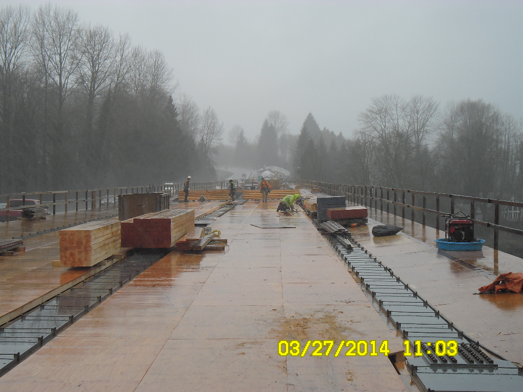 SR 522 Snohomish River Bridge | Building a new bridge requir