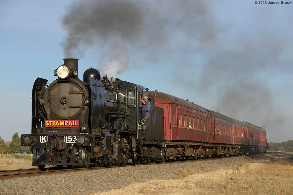 K153 at Yendon with 8175 by James Brook