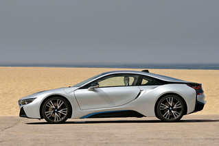 BMW-2014-i8-on-the-road-42