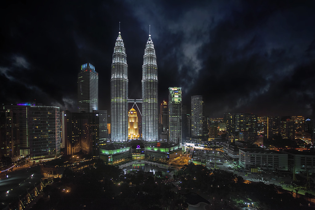 Klcc Night Please Click Here To View This Large This Pict