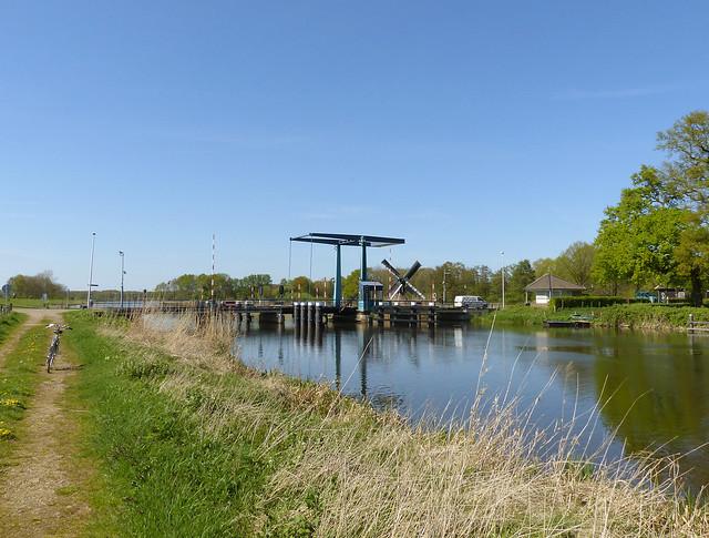 The Laag-Keppel bridge