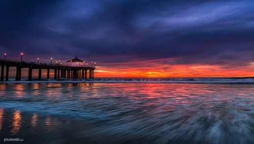 ocean california sunset beach coast pier nikon waves unitedstates pacific bluehour manhattanbeach d800 pixamundo