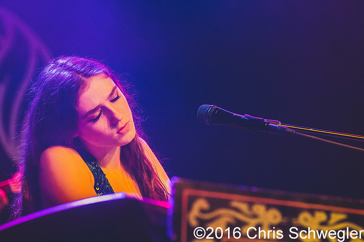 Photos of Birdy from June 16th, 2016 at Saint Andrews Hall