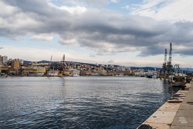 Rijeka, Croacia #1xDía (082-366)