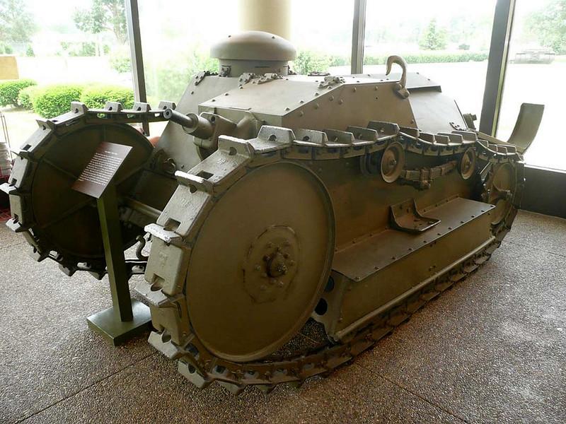 Ford 3-Ton 1918 (2)