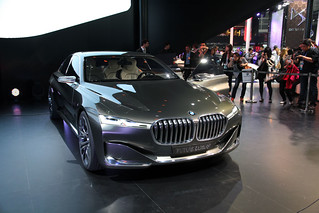 22 BMW-2014-VISION-FUTURE-LUXURY-02