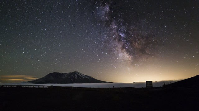 My. St. Helens as seen from the Loowit Overlook. Taken with a Canon 6D, Rokinon 14mm F2.8 lens. ISO 3200, 30 second exposure at F2.8.