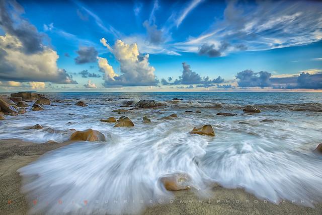 White Waves Straks 白浪絲