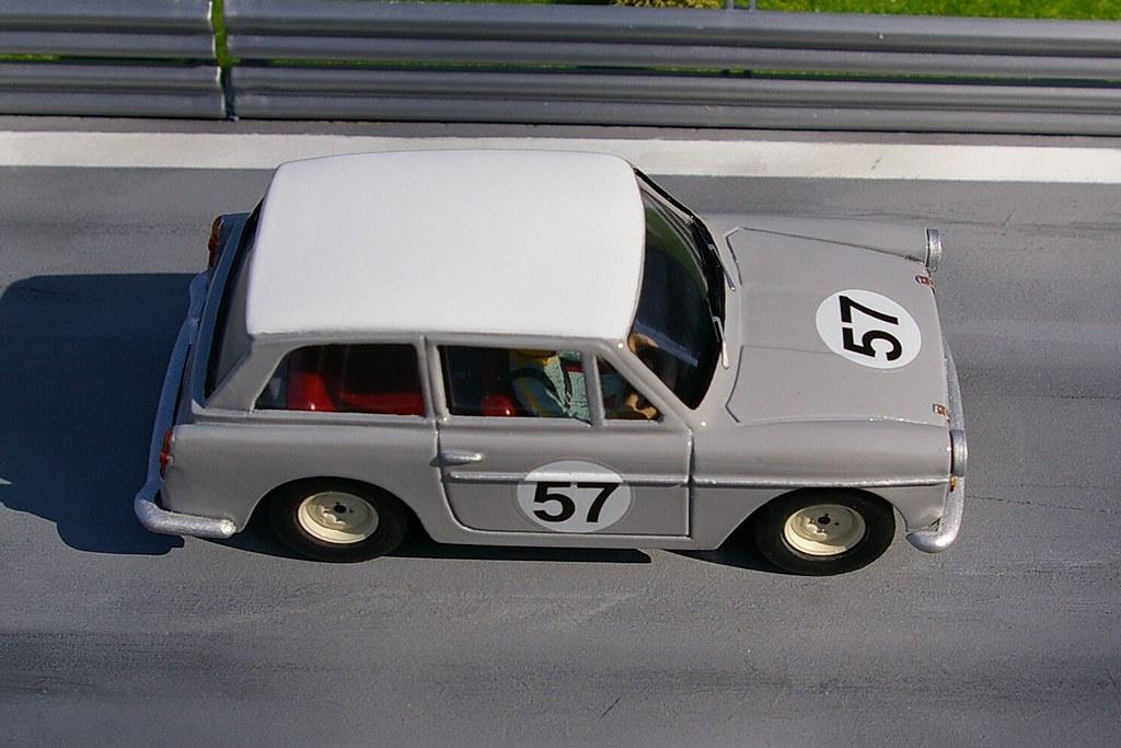 Austin A40 Farina 1//32 model slot car body