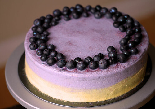 Blueberry cheesecake N Lemon cake layer w/ YuYu's frosting 20130509 01
