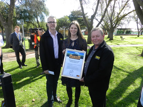 Tony Sheldon Kate Ellis and RJW Safe Rates Pledge | by Transport Workers Union of Australia