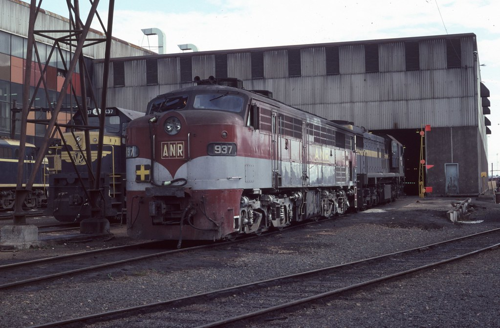 937 at South Dynon by Alan Greenhill