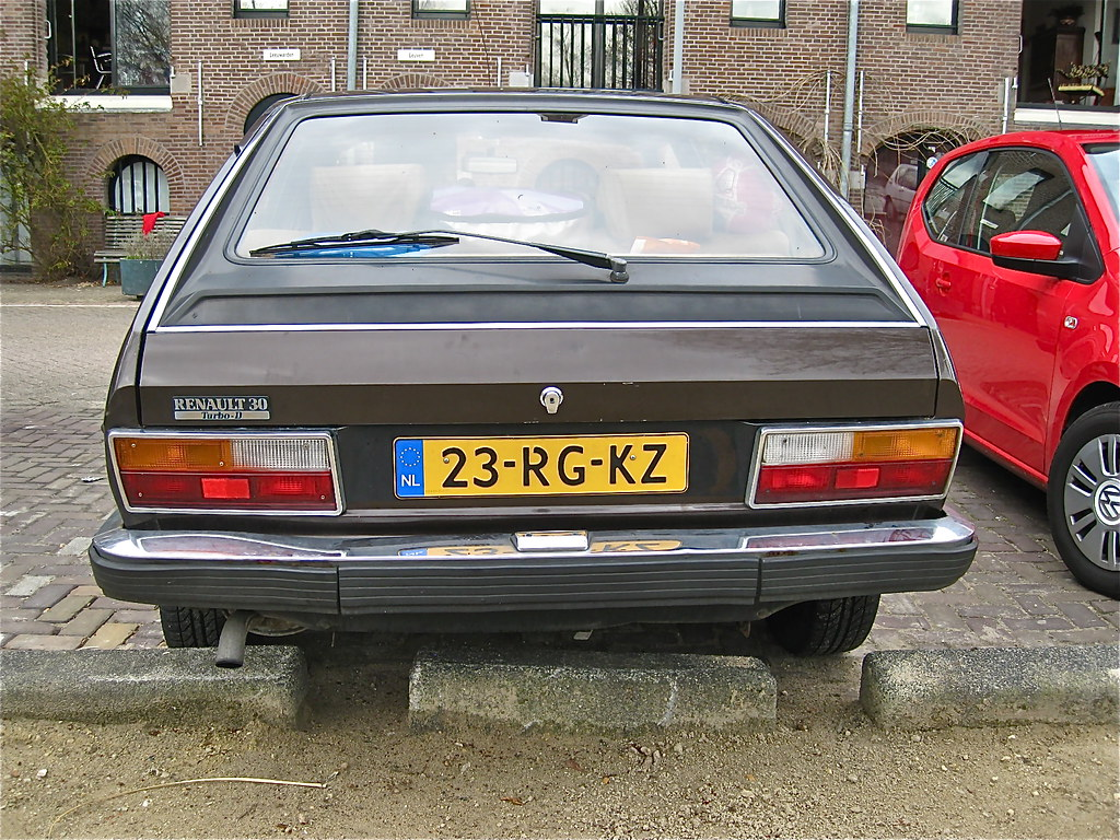 1983 RENAULT R30 Turbo Diesel | Very late R30, this high cla