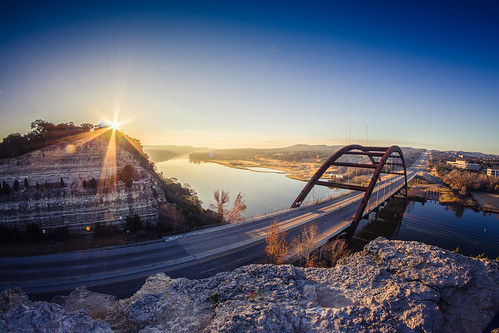 lake sunrise austin river texas unitedstates newyear lakeaustin pennybackerbridge