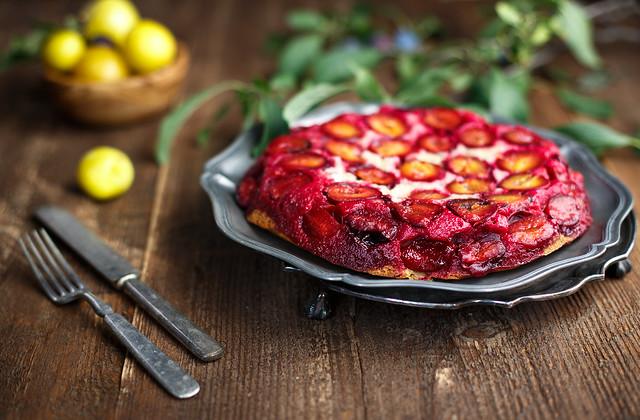 American plums pie