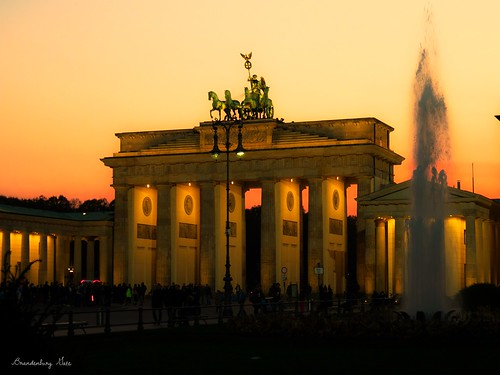 sunset berlin water fountain architecture night germany october gate dusk olympus brandenburg 2015 olympusomdem5ii