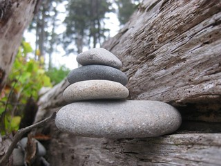 Stone in balance | by daveynin