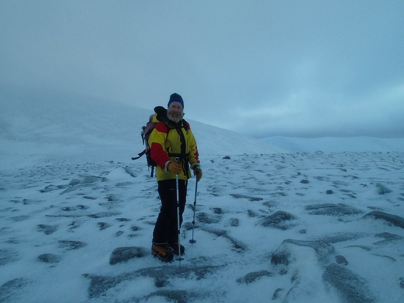 Tue, 2014-01-14 09:11 - Andy at the side of Peak 1141