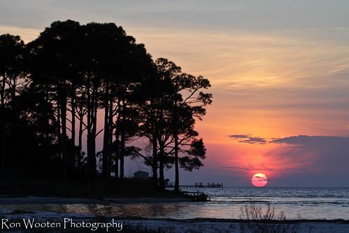 sunset sun gulfofmexico gulf sunsets stgeorgeisland apalachicolabay stgeorgeislandflorida gulftnc09 gulfconservation apalachicolabayflorida dailynaturetnc13 dailynaturetnc14