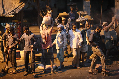 street hospital evening workers construction raw dusk pedestrians untouched bangladesh gec unedited chittagong medicalcenter sooc