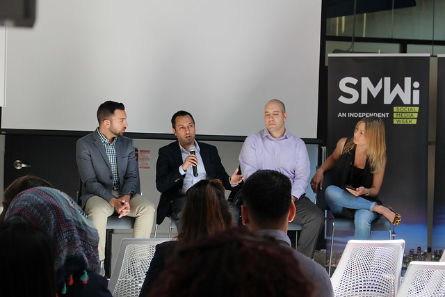 Sports FTW: How Sports Brands Nurture Fan-Based Communities talk at SMWiTO