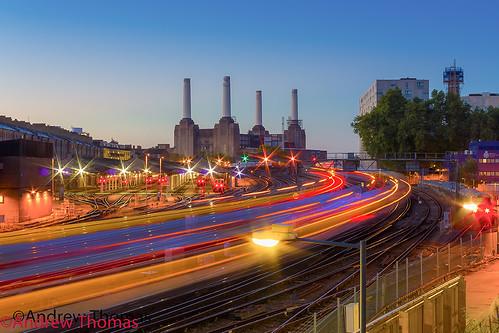 uk london station train sunrise power tracks lighttrails battersea andrewthomas canon550d
