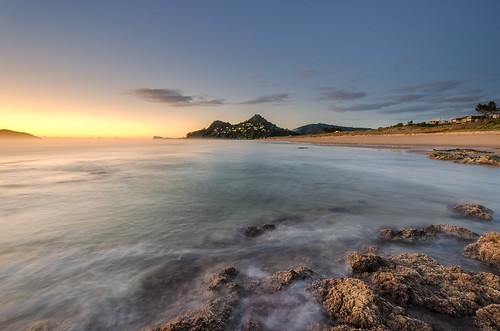 longexposure sea newzealand seascape sunrise nikon rocks wideangle nz northisland coromandel eastcoast colourimage leefilters 1024mm d7000 lee06gndhard