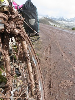 A rare flat road in the Peruvian sierra | by Pikes On Bikes