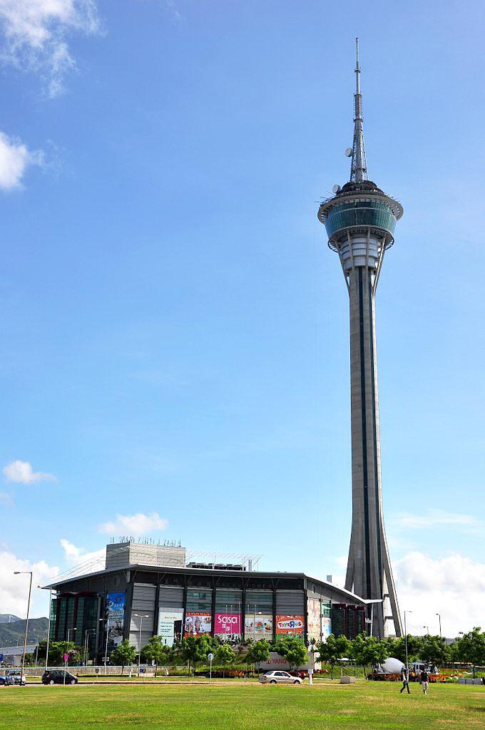 680px-Macau_Tower_CE_Centre