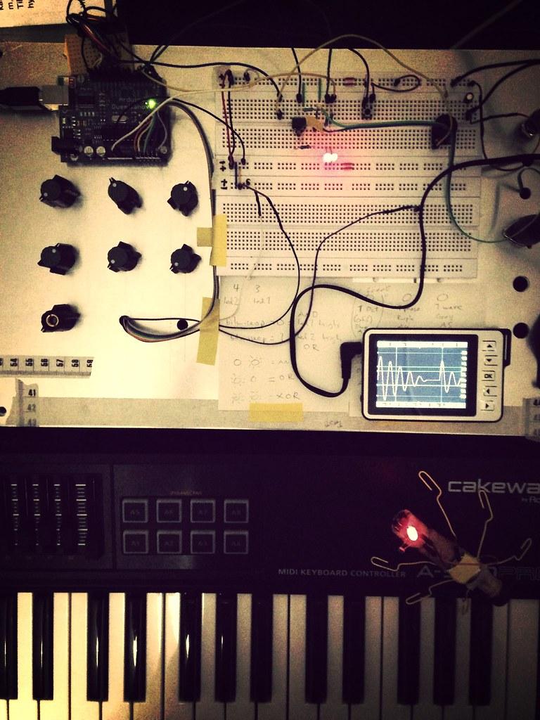 Arduino XOR synthesizer | A DIY audio electronics developmen