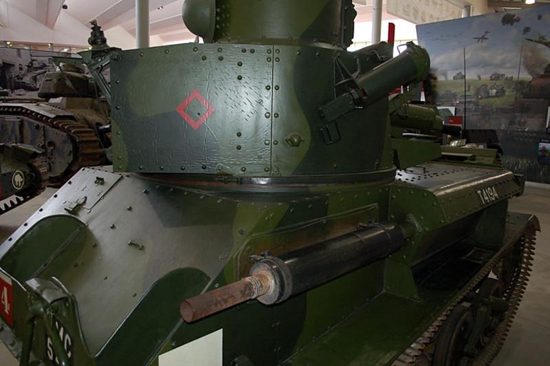 Vickers Mk VIb (2)
