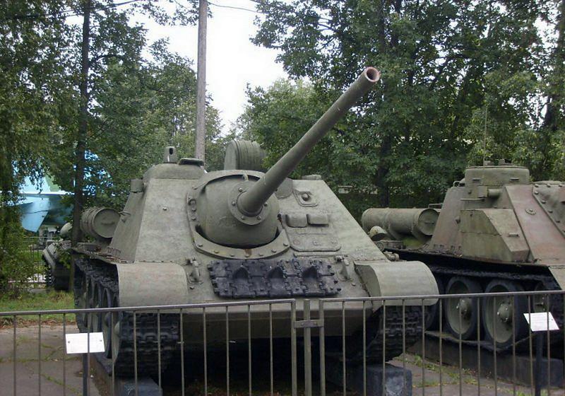 SU-85 (4)