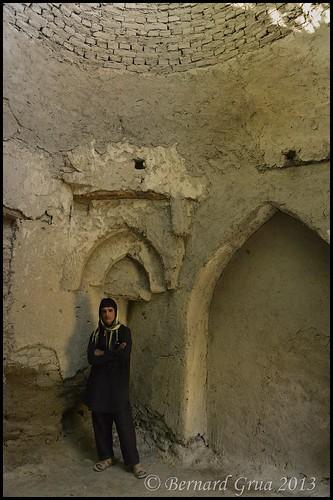 Khandud, structure circulaire délabrée au sein du complexe de la Jamat Khana Bernard Grua