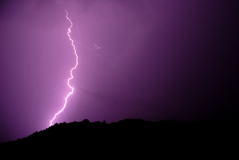 Thuet Lightning 01