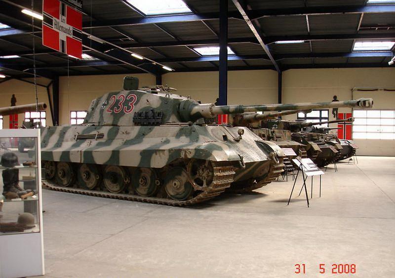 PzKpfw VI Ausf.B -Tiger II  (5)