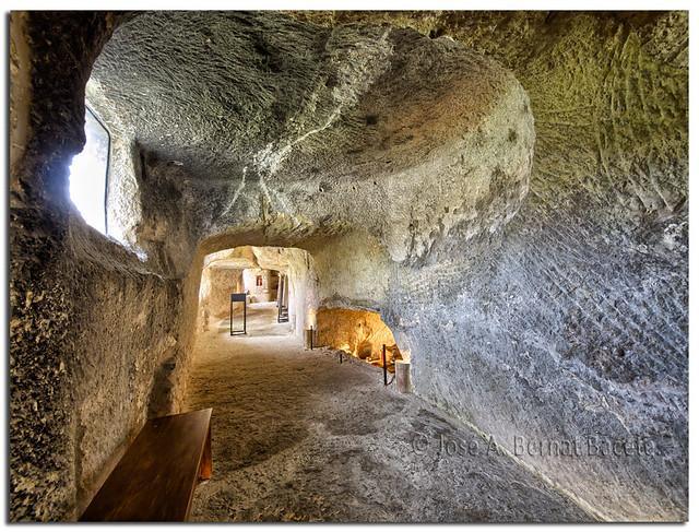 Bocairent, interiror de una casa cueva