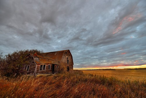 cloud canada fall field grass barn sunrise high nikon cloudy falling alberta hdr d800 1424mm