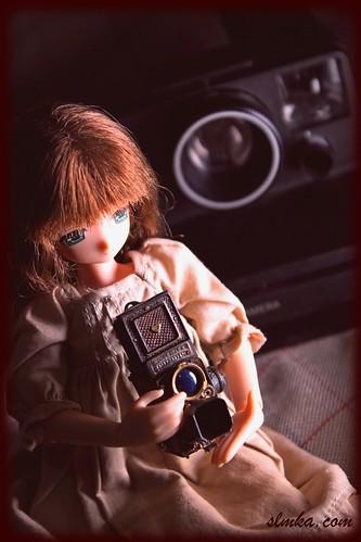 Mia & Vintage Camera | by slmka.com